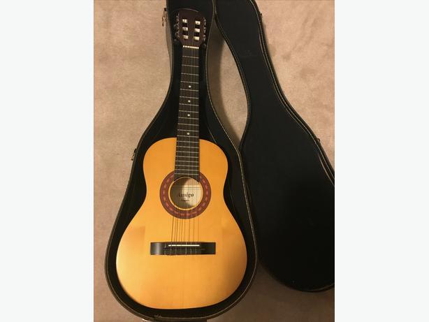 dea4dee3090 3/4 Size Classical Guitar with Case Saanich, Victoria