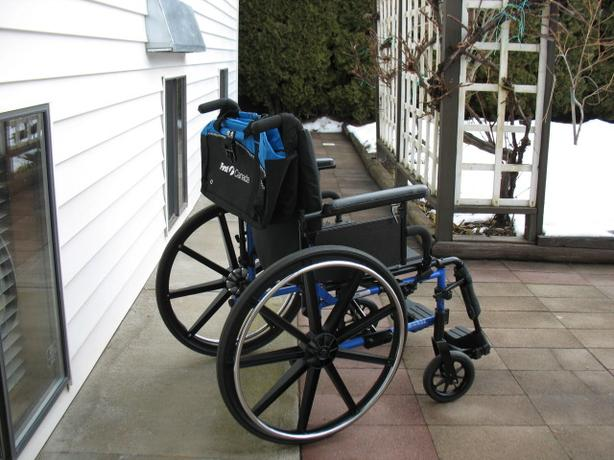 "HIGH END 20"" WIDE SEAT INVACARE ELITE WHEELCHAIR FOR SALE"