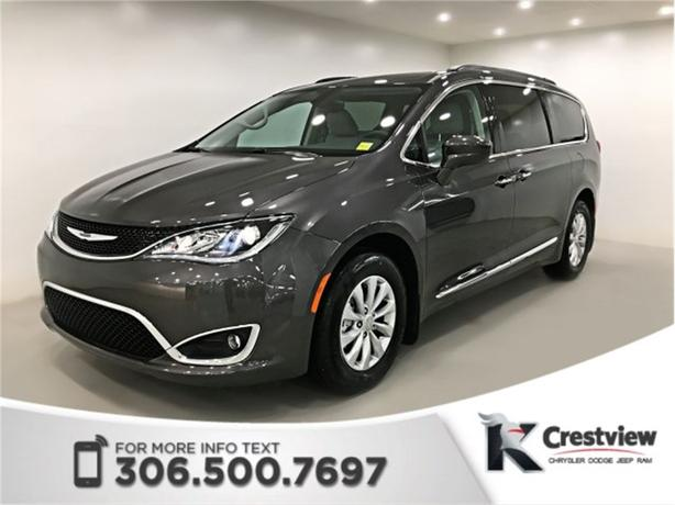 2017 Chrysler Pacifica Touring-L | Leather