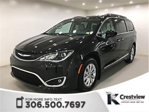2017 Chrysler Pacifica Touring-L Leather | Navigation