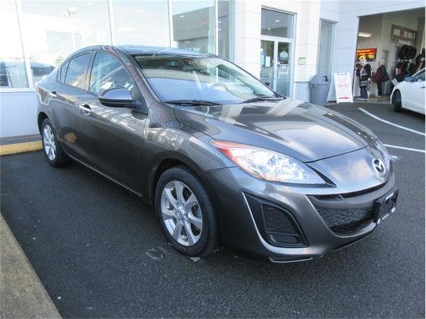 2011 Mazda Mazda3 GX Low Kilometers Good Options