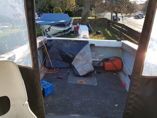 17 5ft Campion Deep V w/ 2 foot pod OBO Victoria City, Victoria
