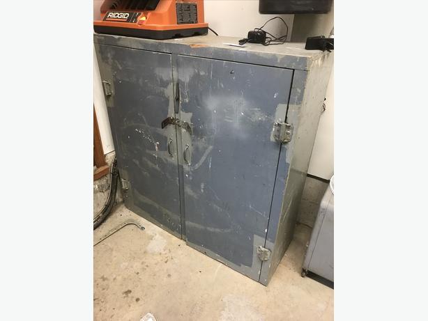 FREE: Garage Storage Unit