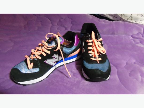 New Balance 'Vintage' running shoe - Size 8.5