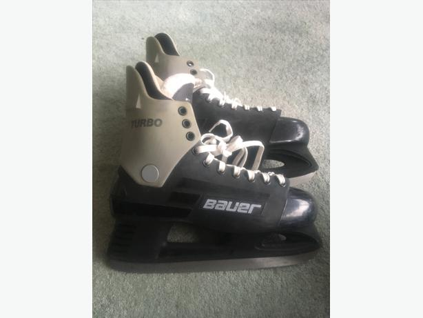 Mens Bauer Turbo Skates