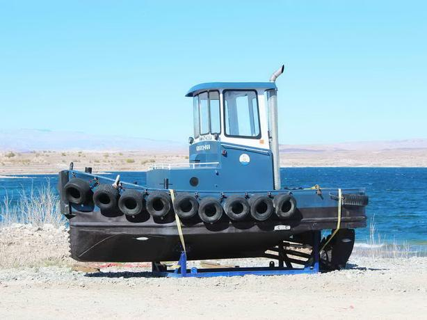 Log Bronc Mini Tug For Sale - Rubbin Tug
