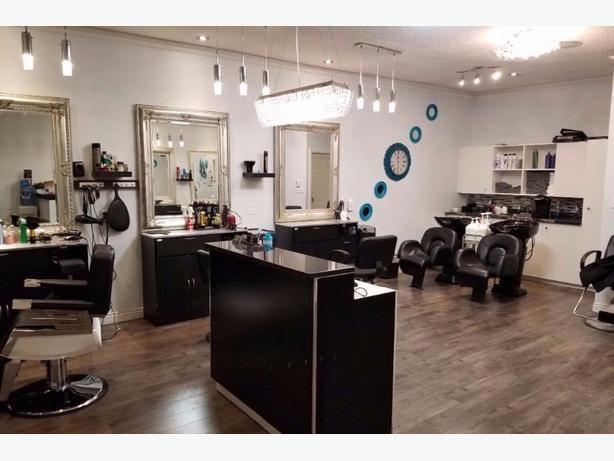 Sahar Hair Studio has an available chair for rent
