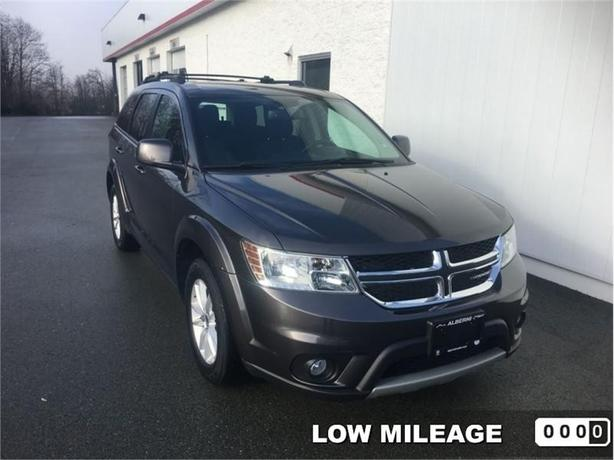 2016 Dodge Journey SXT  Navigation - Back-up Camera