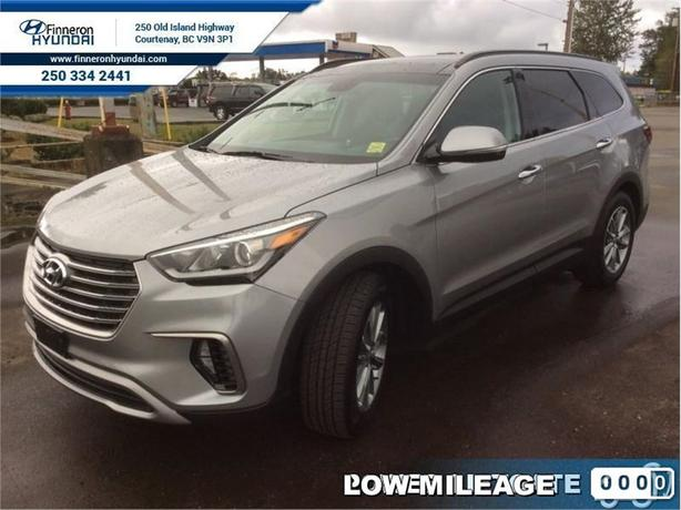 2017 Hyundai Santa Fe XL Luxury with 7 seats  - local