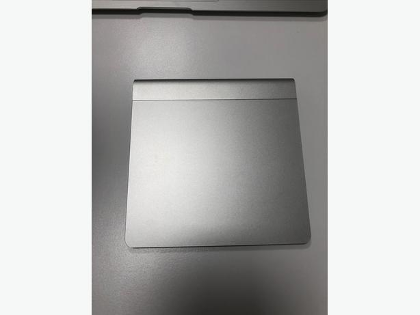 Apple Magic Trackpad 1