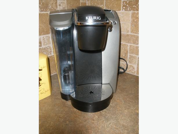 Keurig K cup coffee maker / Black & Decker Convection oven