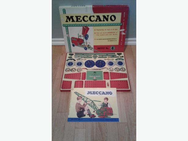 Vintage Mecanno Outfit 4