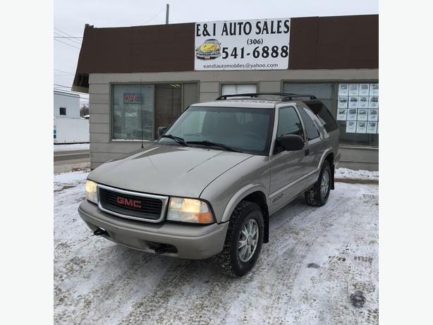 2003 GMC JIMMY 2DR 4X4 SLE with Only 128,000 km's