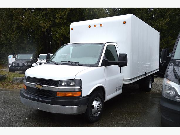 2011 Chevrolet Express 3500 16' Box Truck
