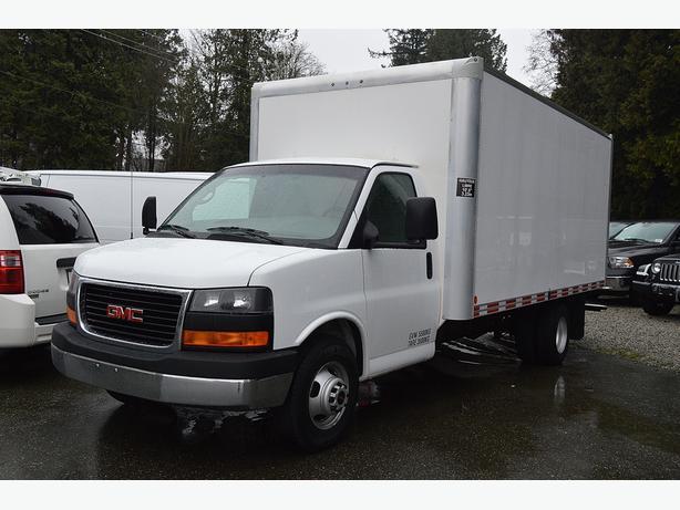 2011 GMC Savana 3500 16' Box Truck