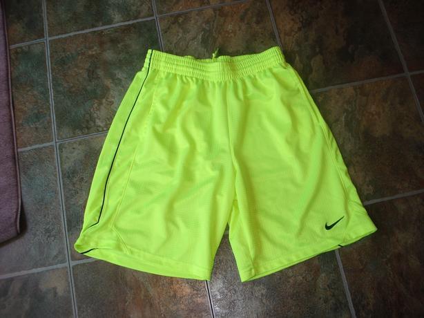 Nike Shorts - Size M