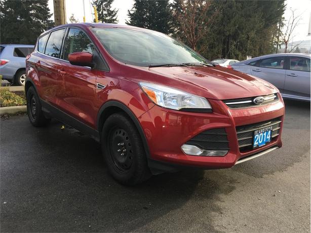 2014 Ford Escape SE, Heated Seats,  Backup Camera, AWD