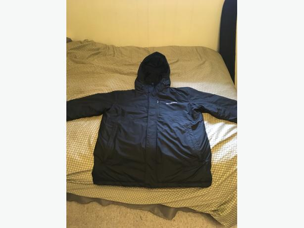 EUC  Columbia Water Proof Winter Parka   sz L