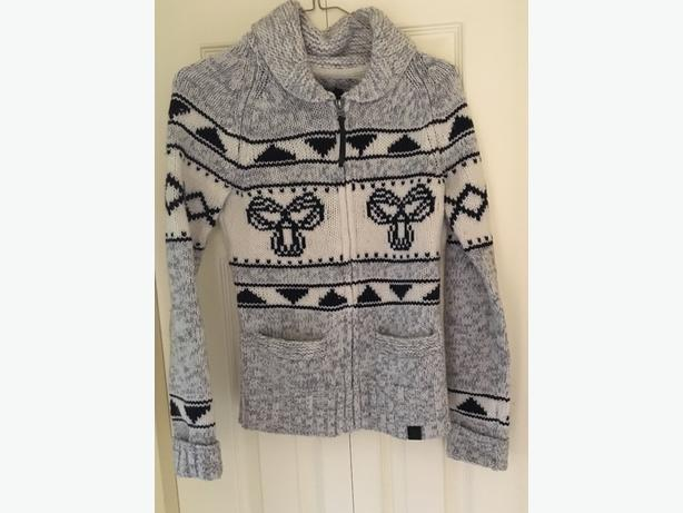 TNA Lambs Wool  sweater Size XS