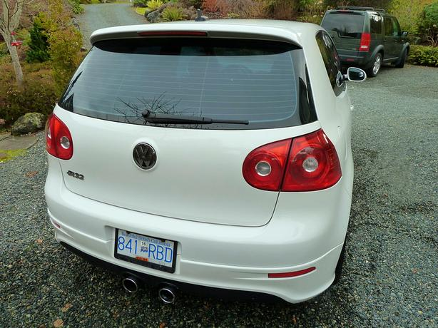 2008 Volkswagen R32 #4789 rare car in superb condition.