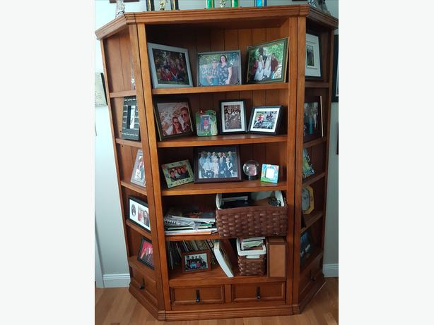 Oak 3 shelving unit