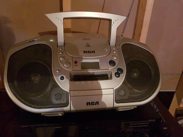 radio, DVD, cassett stereo