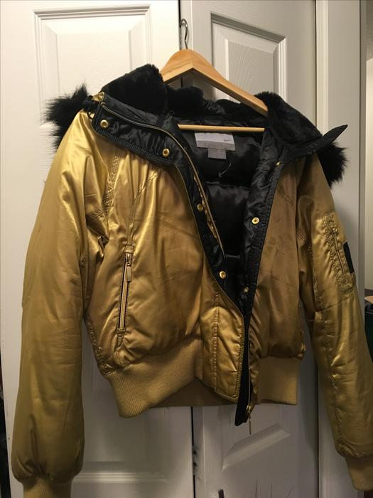 a169e43c5210 Nike Gold Limited Edition Down  amp  Feather filled bomber jacket Victoria  City