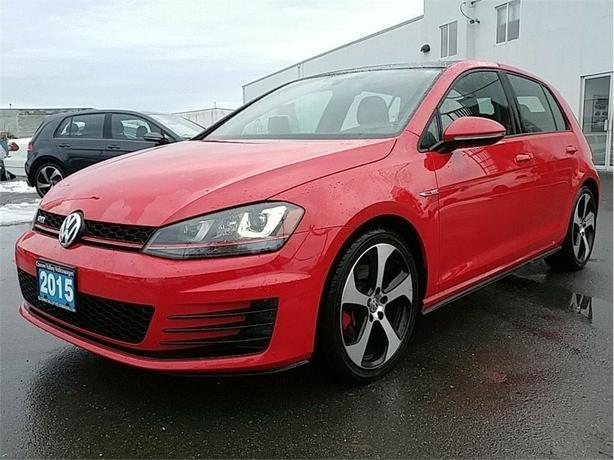 2015 Volkswagen Golf GTI 5-Door Autobahn AUTO BC CAR FUN TO DRIVE !