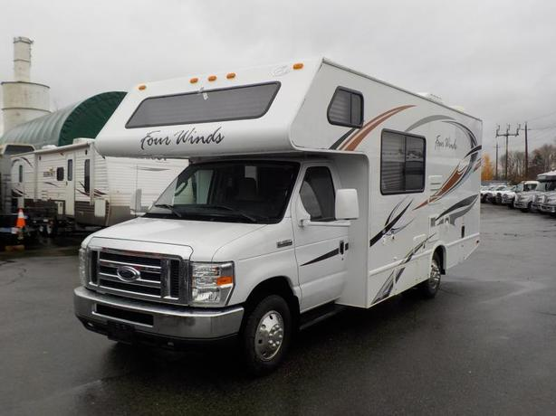 2010 Ford E-350 Four Winds 23A 23 Foot Class C Motorhome