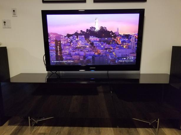 Samsung Plasma 50 Inch TV with Sanus Wall Mount