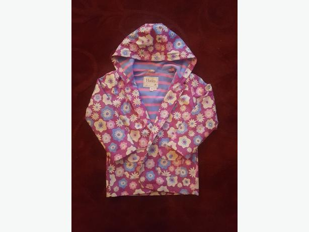 CHILDS RAINCOAT SIZE 7