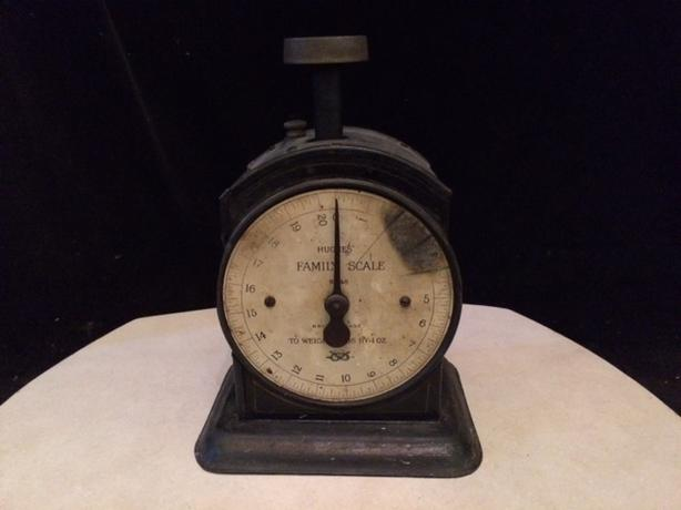 Circa 1910 antique Hughes Family Scale base N0. 48 - working condition