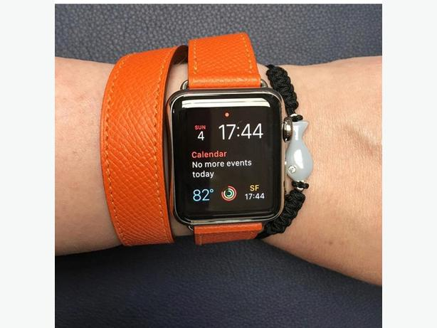Rose Apple Watch Series Two Hermes Double Tour Strap and Charger.