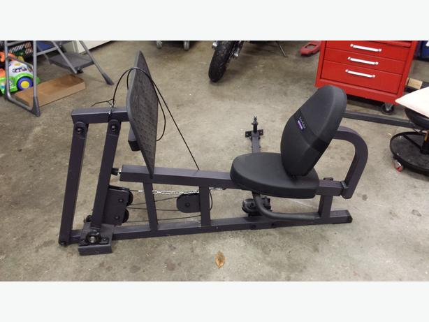 Body Solid leg press $100