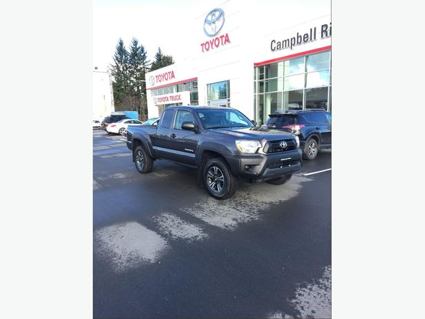 2015 Toyota Tacoma SR5 4X4,EXTREMELY LOW KM'S