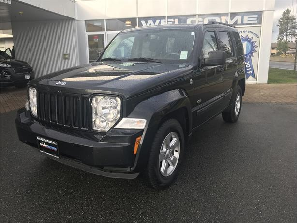 2012 Jeep Liberty SPORT - 4WD! Accident FREE!
