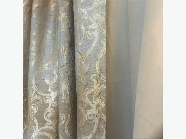 4 panels. pillows. 2  lamp shades