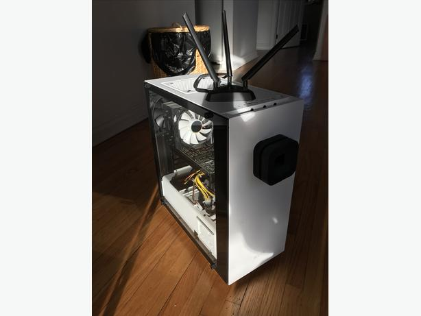 INSANE CUSTOM RIG NVidia 1080 Ti, 32GB DDR4 RAM, Intel i7-7700K, 1TB SSD