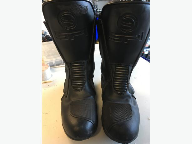 RIDING BOOTS--SIZE 10 MENS.