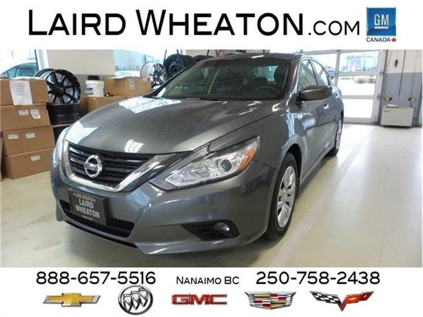2016 Nissan Altima 2.5 Clean Bluetooth