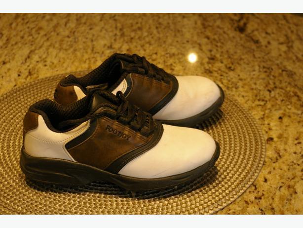 Children's Foot Joy golf shoes