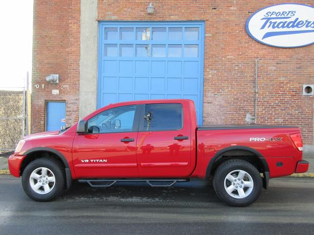 2012 Nissan Titan PRO-4X  Crew Cab 4x4 - ON SALE! - NO ACCIDENTS!