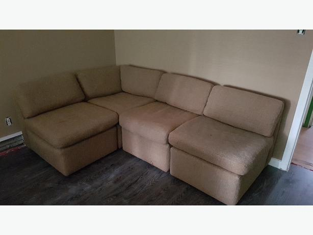 FOR TRADE: small sectional or couch : for a wood frame queen bed