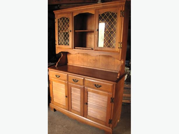 Solid Maple 2 Piece Hutch