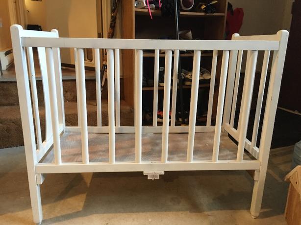 Mini Retro Crib