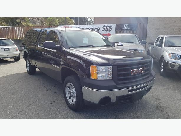2009 GMC Sierra 1500 Extended Cab Truck With Canopy. LOW KMs!