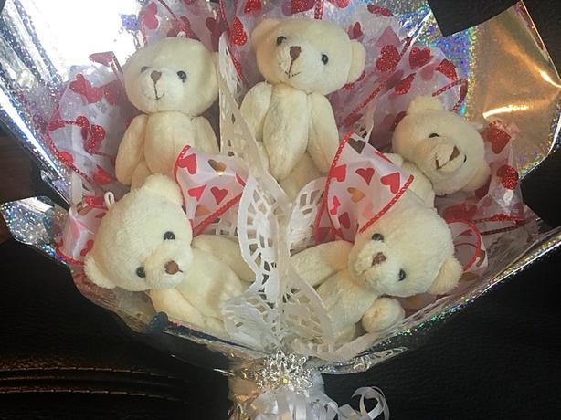 Bear bouquet present