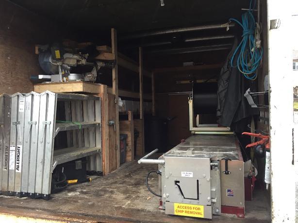 gutter instaler and cleaner
