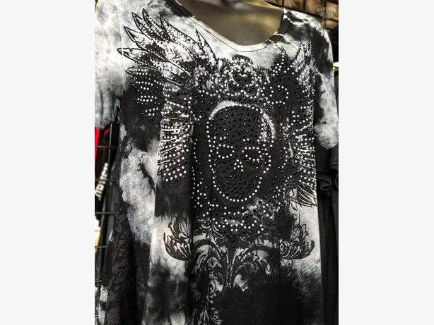 Ladies Skull Lace Tunic With Bling