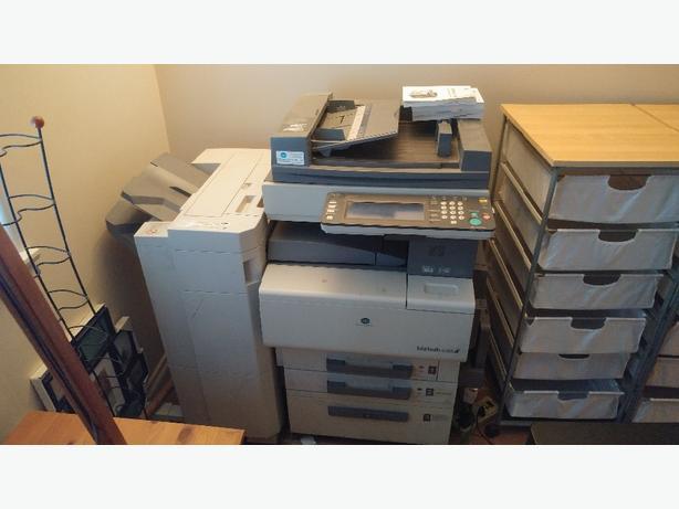 FREE: Konica Minolta Printer Biz Hub C351